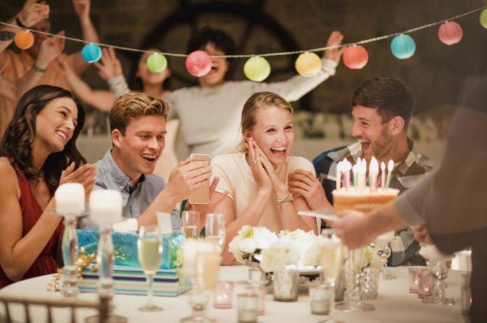sevgiliye doğum günü sürprizleri
