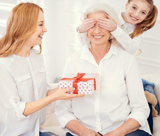 anneye doğum günü hediyesi