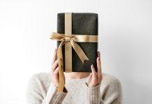 uzaktaki sevgiliye hediye